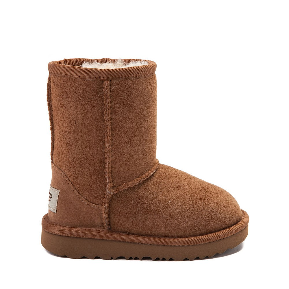 UGG® Classic Short II Boot - Toddler / Little Kid - Chestnut