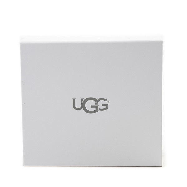 alternate image alternate view UGG® Care KitALT2